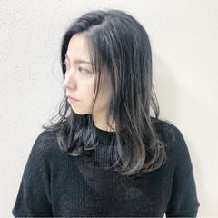 ナチュラル 大人女子 アッシュ セミロング ヘアスタイルや髪型の写真・画像