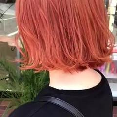 ミニボブ オレンジカラー 切りっぱなしボブ ボブ ヘアスタイルや髪型の写真・画像