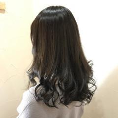 ナチュラル 暗髪 グレー 艶髪 ヘアスタイルや髪型の写真・画像