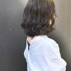 ボブ 波ウェーブ ロブ ナチュラル ヘアスタイルや髪型の写真・画像