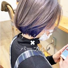 ネイビーカラー ハンサムショート ボブ エメラルドグリーンカラー ヘアスタイルや髪型の写真・画像