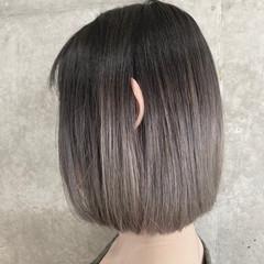 スモーキーカラー ボブ グラデーションカラー ハイトーン ヘアスタイルや髪型の写真・画像