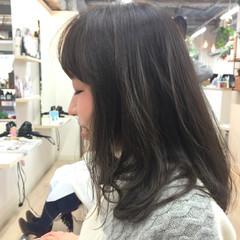 モード グラデーションカラー 暗髪 大人かわいい ヘアスタイルや髪型の写真・画像