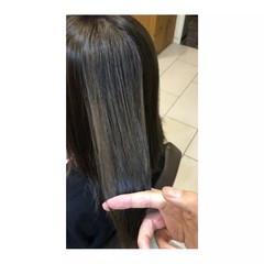 艶髪 インナーカラー セミロング 上品 ヘアスタイルや髪型の写真・画像