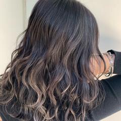 セミロング 外国人風カラー フェミニン バレイヤージュ ヘアスタイルや髪型の写真・画像