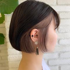 前髪インナーカラー モード インナーカラーグレージュ インナーカラー ヘアスタイルや髪型の写真・画像