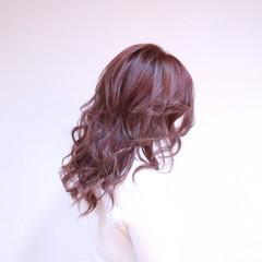 フェミニン ピンク 透明感 ハイトーン ヘアスタイルや髪型の写真・画像