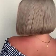フェミニン ショートヘア 切りっぱなしボブ ミニボブ ヘアスタイルや髪型の写真・画像