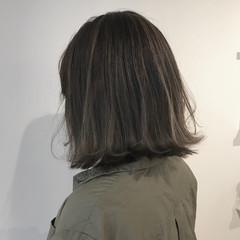 ローライト グレージュ 外国人風カラー アウトドア ヘアスタイルや髪型の写真・画像