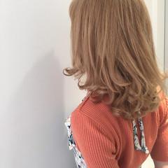 ミディアム ハイライト アッシュ ストリート ヘアスタイルや髪型の写真・画像