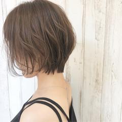 ショート パーマ オフィス 透明感カラー ヘアスタイルや髪型の写真・画像