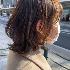 ナチュラル ナチュラルウルフ ニュアンスウルフ アッシュベージュ ヘアスタイルや髪型の写真・画像