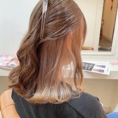 髪質改善 ブリーチカラー インナーカラー ミルクティーグレージュ ヘアスタイルや髪型の写真・画像