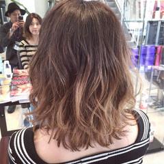 外国人風カラー ストリート グラデーションカラー ミディアム ヘアスタイルや髪型の写真・画像