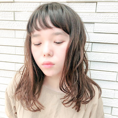 フェミニン 前髪あり ナチュラル ミディアム ヘアスタイルや髪型の写真・画像