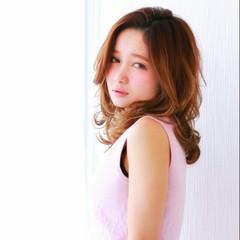 フェミニン ゆるふわ 大人かわいい セミロング ヘアスタイルや髪型の写真・画像