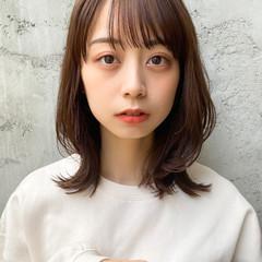 フェミニン ミディアム 縮毛矯正 韓国ヘア ヘアスタイルや髪型の写真・画像