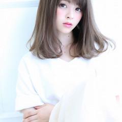 大人かわいい 暗髪 ストレート ミディアム ヘアスタイルや髪型の写真・画像
