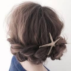 フェミニン ヘアアレンジ ガーリー ヘアスタイルや髪型の写真・画像