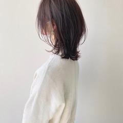 ミディアム ウルフカット 大人女子 大人可愛い ヘアスタイルや髪型の写真・画像
