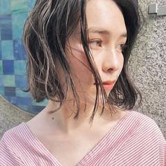 ヘアアレンジ ボブ オフィス フェミニン ヘアスタイルや髪型の写真・画像