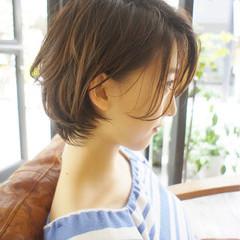 ショート ゆるふわ 大人かわいい 透明感 ヘアスタイルや髪型の写真・画像