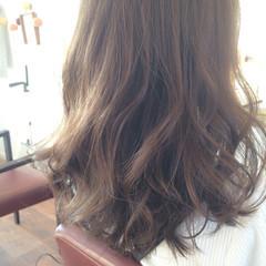 ブラウンベージュ ベージュ アッシュ アッシュベージュ ヘアスタイルや髪型の写真・画像