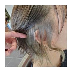 ショート 小顔 インナーカラー インナーカラーグレージュ ヘアスタイルや髪型の写真・画像
