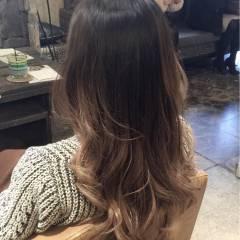 グラデーションカラー ブラウンベージュ ヘアスタイルや髪型の写真・画像