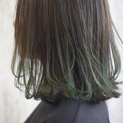 グリーン カーキ エメラルドグリーンカラー ボブ ヘアスタイルや髪型の写真・画像