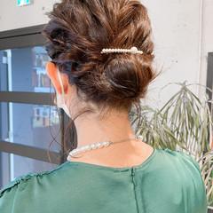 エレガント セルフヘアアレンジ ヘアアレンジ シニヨン ヘアスタイルや髪型の写真・画像