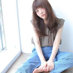 外国人風 アッシュ 大人かわいい セミロング ヘアスタイルや髪型の写真・画像
