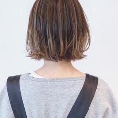 外ハネ ナチュラルグラデーション ハイライト インナーカラー ヘアスタイルや髪型の写真・画像