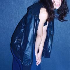 外国人風 モード セミロング ウェットヘア ヘアスタイルや髪型の写真・画像