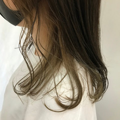 ミルクティーベージュ モード 外国人風カラー インナーカラー ヘアスタイルや髪型の写真・画像