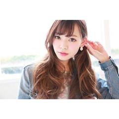 大人かわいい 外国人風 ゆるふわ レイヤーカット ヘアスタイルや髪型の写真・画像