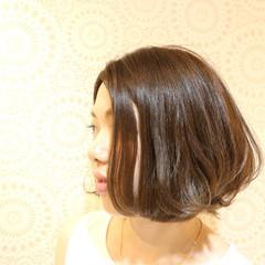 フェミニン ボブ 色気 ニュアンス ヘアスタイルや髪型の写真・画像