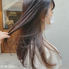 ロング 艶髪 インナーカラー デート ヘアスタイルや髪型の写真・画像