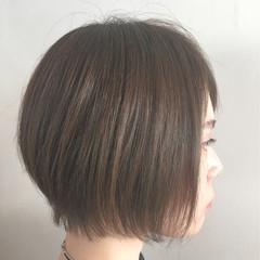 外国人風 前髪あり アッシュ ナチュラル ヘアスタイルや髪型の写真・画像