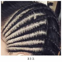 編み込み コーンロウ ヘアスタイルや髪型の写真・画像