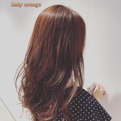 シンプル セミロング ナチュラル レイヤーカット ヘアスタイルや髪型の写真・画像