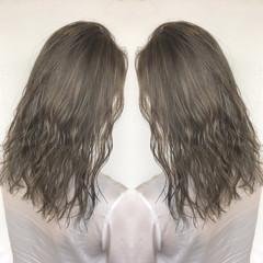 ヘアアレンジ セミロング 外国人風カラー ストリート ヘアスタイルや髪型の写真・画像