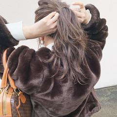 デート ミルクティーグレージュ 簡単ヘアアレンジ セミロング ヘアスタイルや髪型の写真・画像