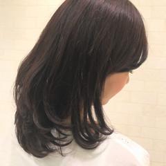 大人女子 セミロング 暗髪 フェミニン ヘアスタイルや髪型の写真・画像