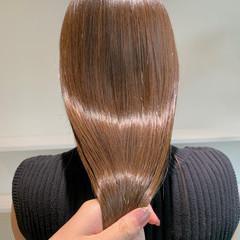 ナチュラル インナーカラー イルミナカラー ロング ヘアスタイルや髪型の写真・画像