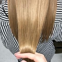 ハイトーン ナチュラル 髪質改善トリートメント ツヤ髪 ヘアスタイルや髪型の写真・画像
