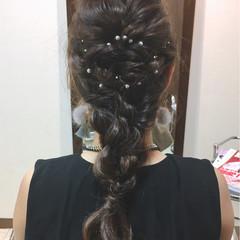 編み込み ロング ナチュラル パーティ ヘアスタイルや髪型の写真・画像