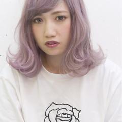 パープル ピンク 外国人風 ミディアム ヘアスタイルや髪型の写真・画像