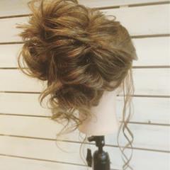 アップスタイル 大人かわいい ヘアアレンジ 簡単ヘアアレンジ ヘアスタイルや髪型の写真・画像