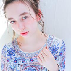 ショート 簡単ヘアアレンジ ピュア パーマ ヘアスタイルや髪型の写真・画像